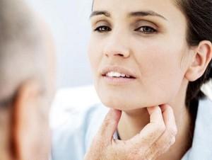 mononucleosi infettiva angina tonsillare